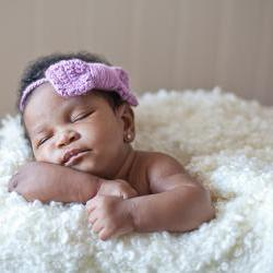 Headband with Bow - Adjustable Newborn Photo Prop